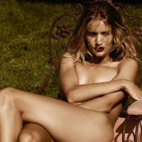rosie huntington-whiteley violet grey