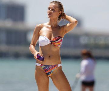 joanna krupa in a bikini in miami