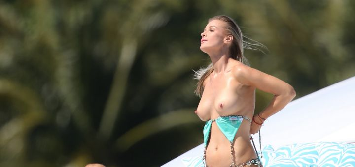 Joanna Krupa - topless in Miami