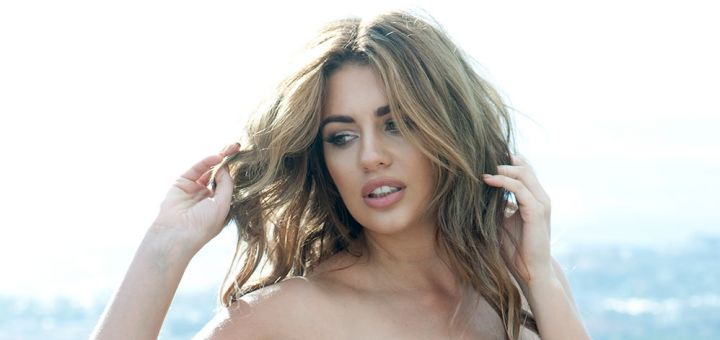holly peers page 3