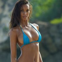 Lais Ribeiro - Sports Illustrated Swimsuit 2017