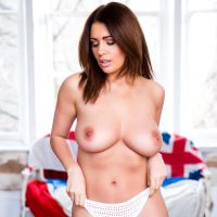 Holly Peers - Page 3 (March 2017)