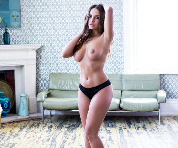 Sabine Jemeljanova - Page 3 (March 2017)
