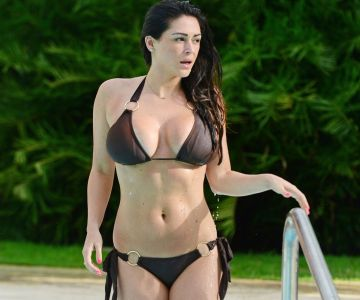 Casey Batchelor - In a bikini (Dominican Republic)