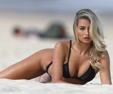 Madison Edwards - Bikini photoshoot (Sydney)