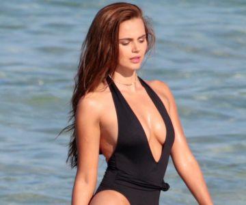 Xenia Deli - Swimsuit photoshoot (Miami)