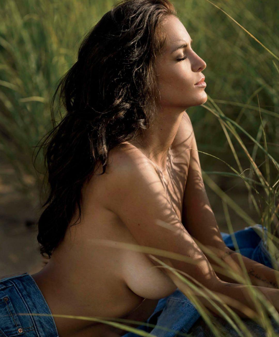Jade Lagardere - Maxim - November 2017