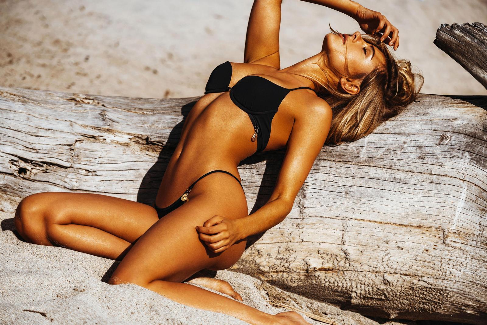 Kimberley Garner - Bikini photoshoot (Ibiza)