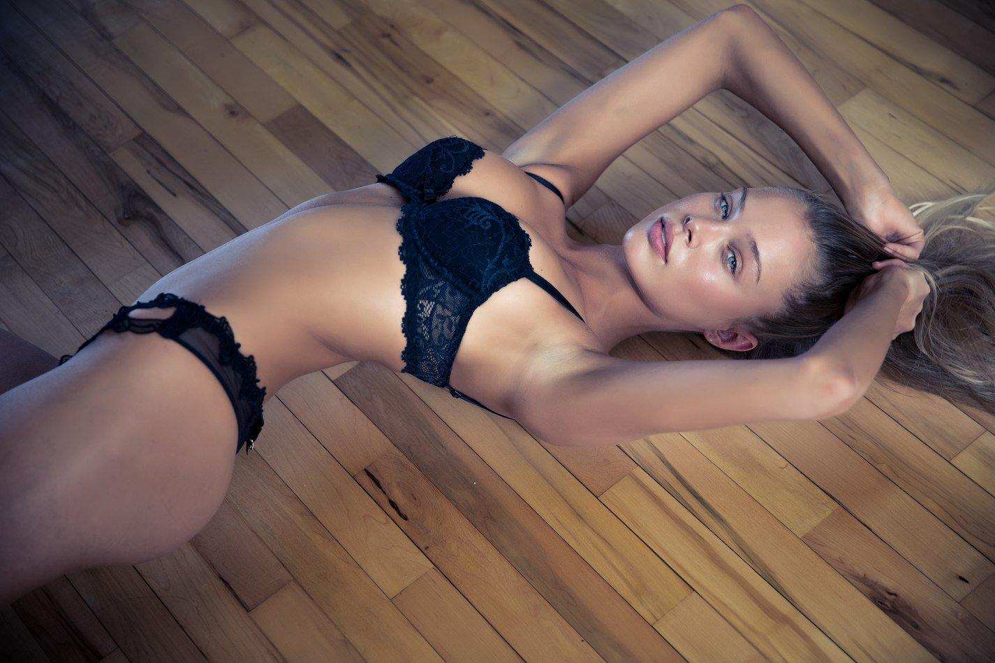 Allie Leggett - Randall Slavin photoshoot