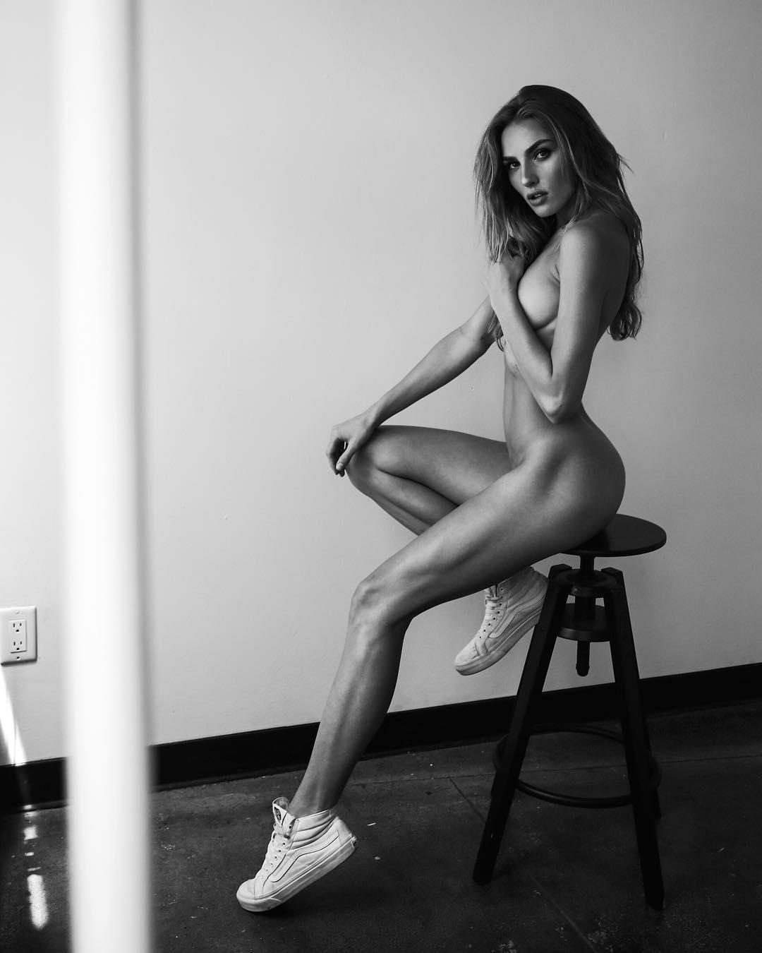 Mackenzie Thoma - Gregorio Campos photoshoot