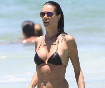 Alessandra Ambrosio - In a bikini (Brazil)