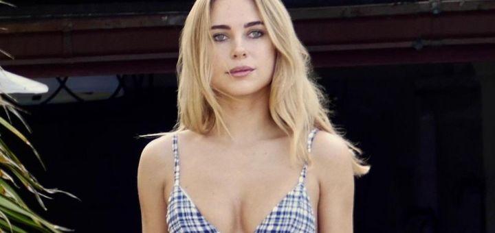 Kimberley Garner - In a bikini (Miami)