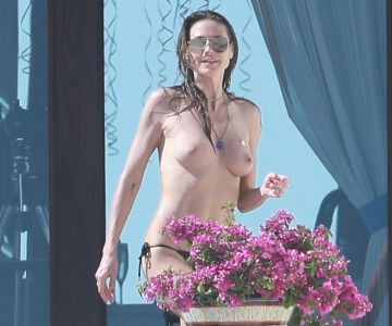 Heidi Klum - Topless in Mexico