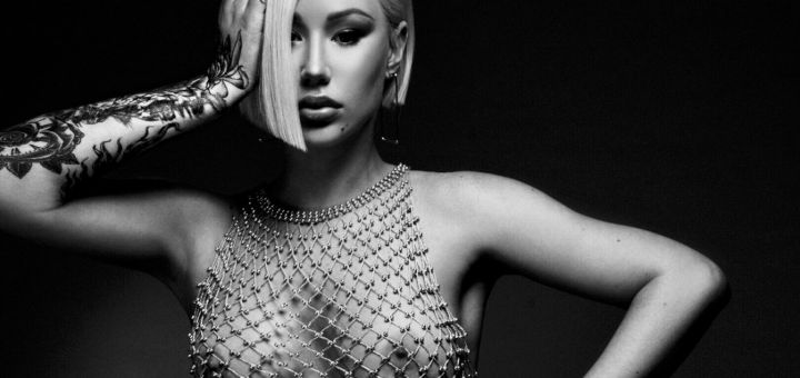 Iggy Azalea - Topless photoshoot