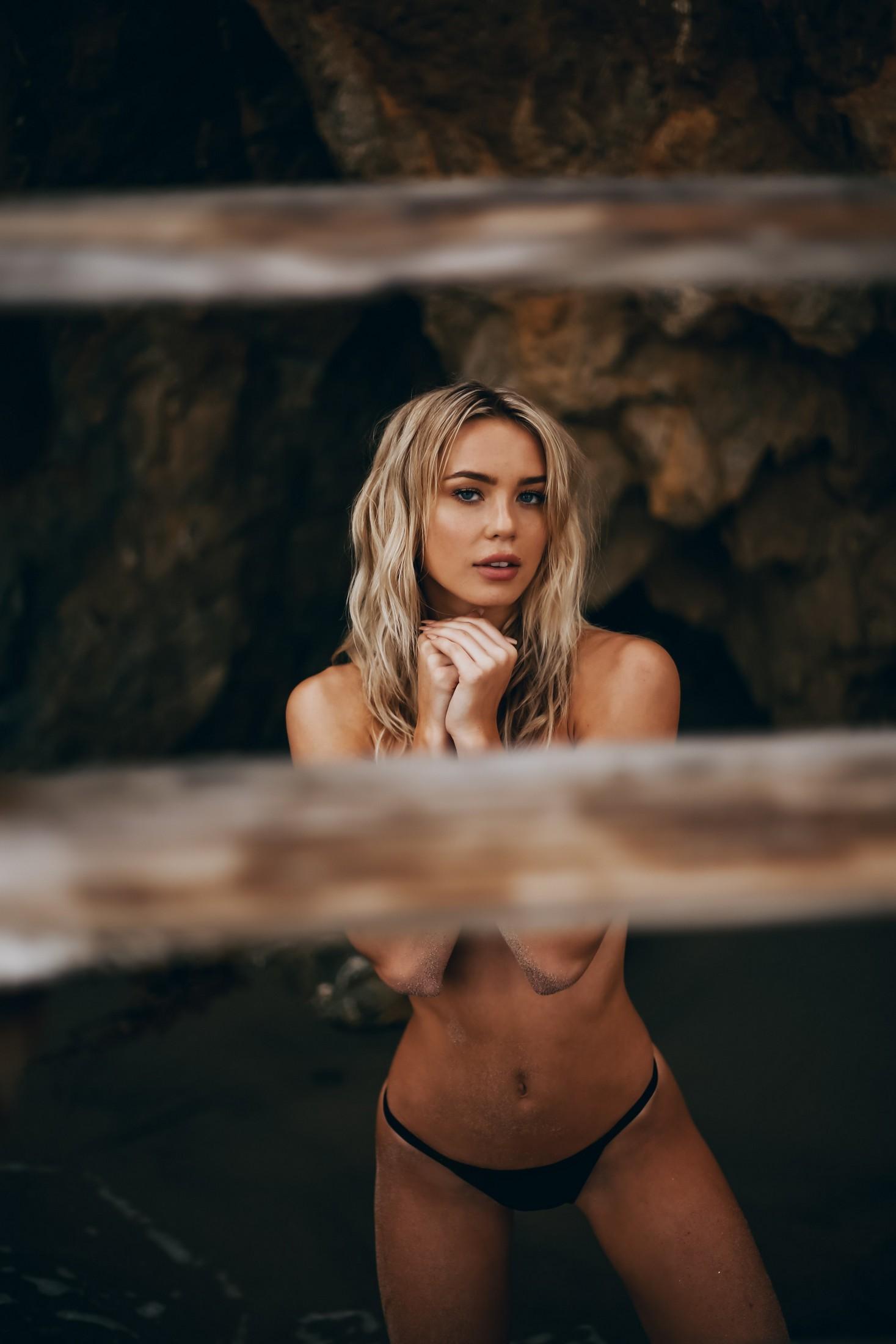 Amber Davis - Henry Jimenez photoshoot