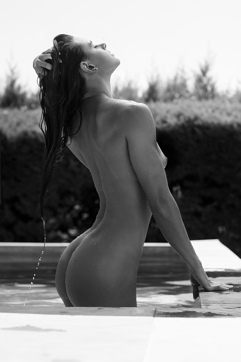 Julia Nicole - Rick Konorov photoshoot