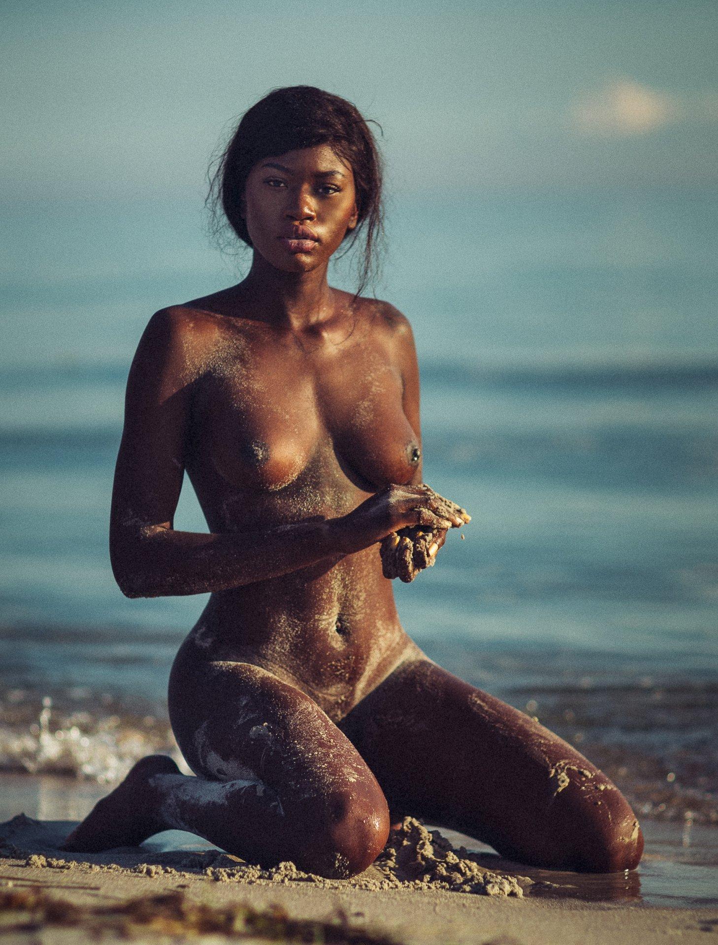 Naomi Nash - Thomas Agatz photoshoot