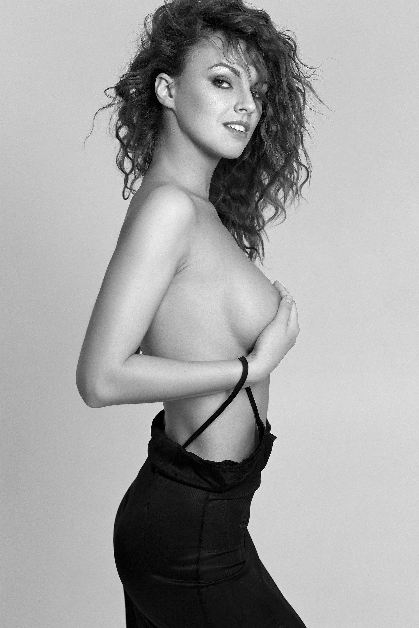Inna Kushnir - Nico Pirosmani photoshoot