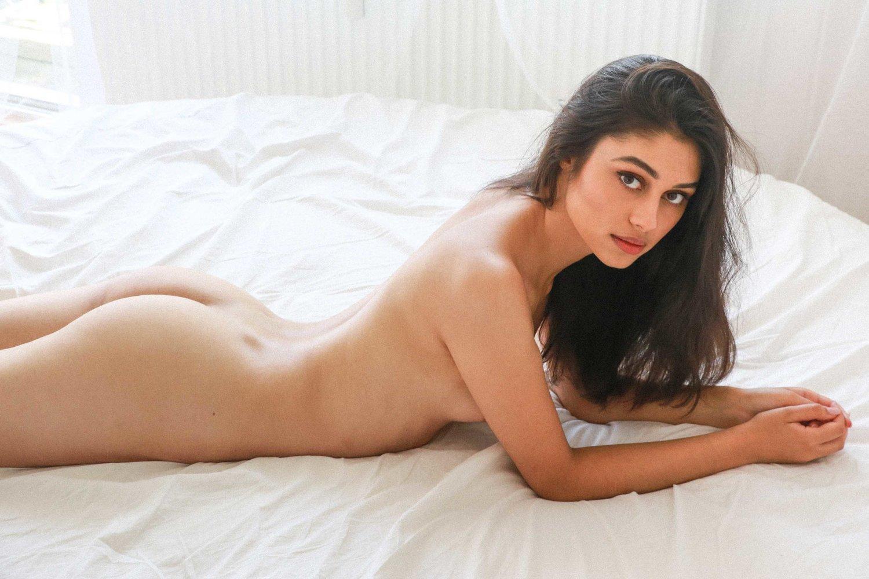 Victoria Guptara - Leonardo Glauso photoshoot