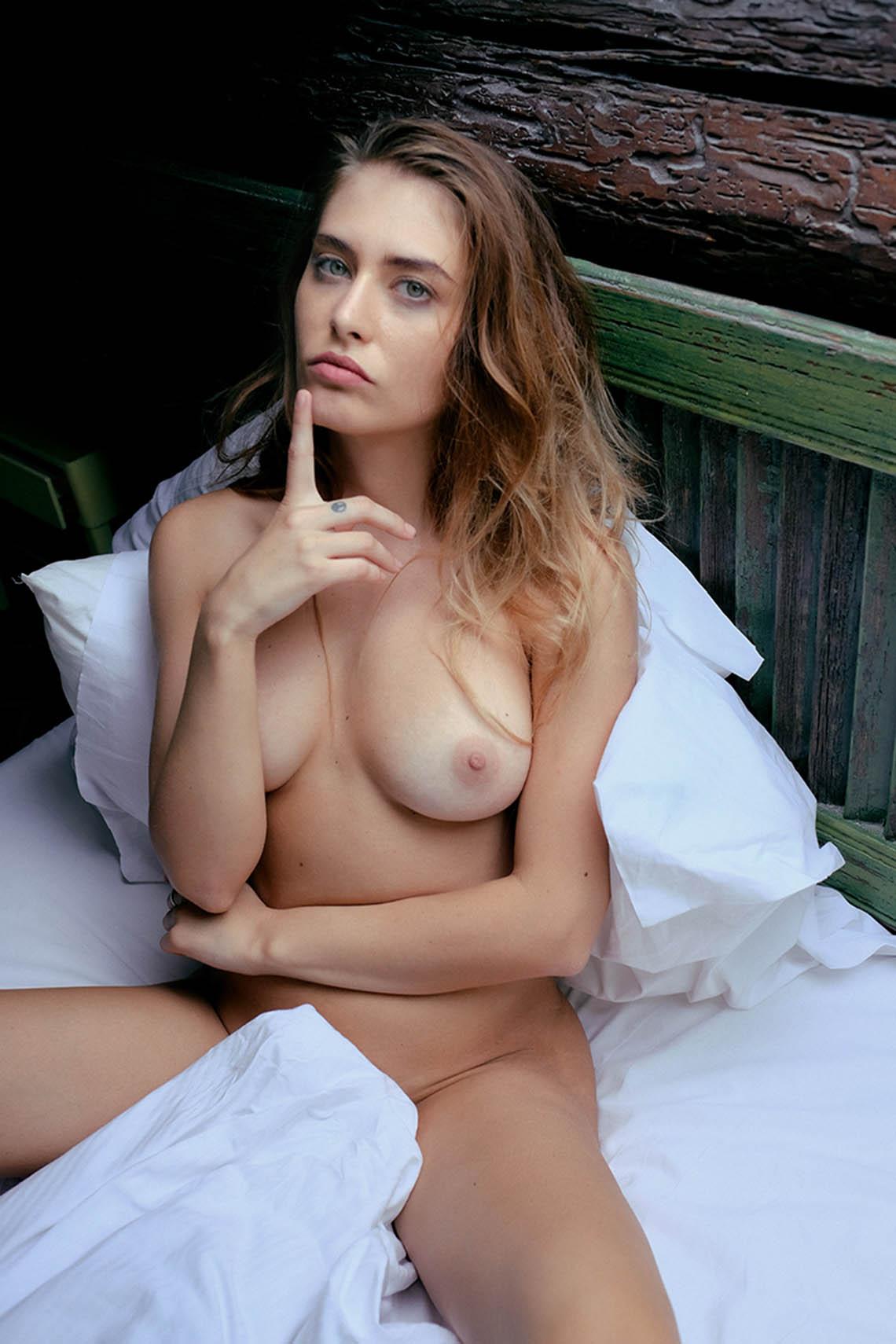 Diana Kingston - Adolfo Valente photoshoot