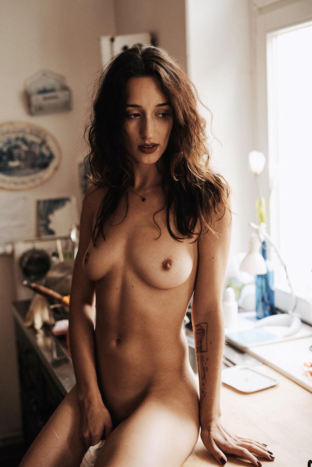 Kamila Szalas - Maximilian Motel photoshoot