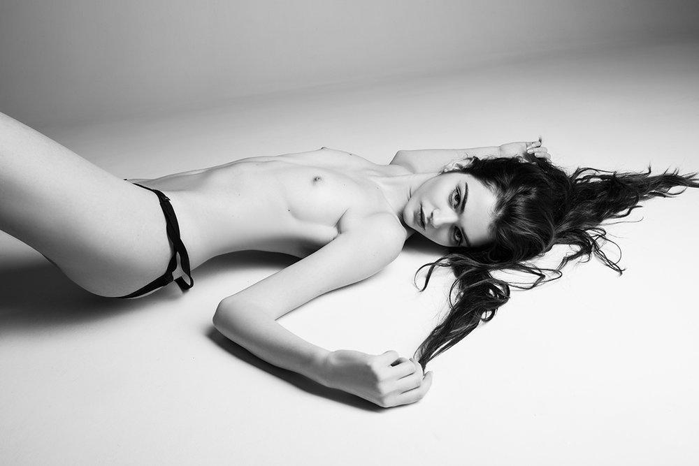 Valentina Oteri - Pino Leone photoshoot