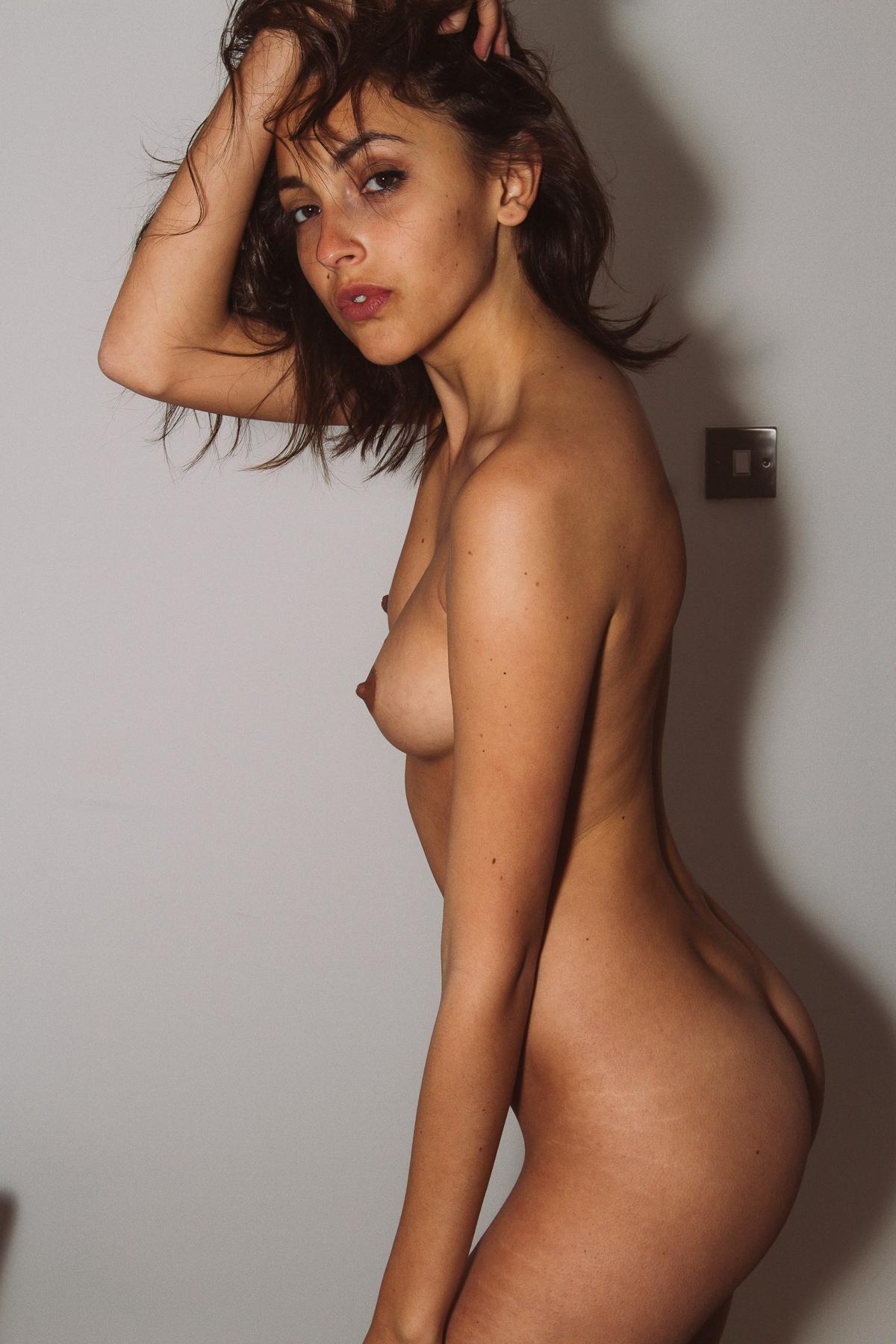 Erika Albonetti - Trilokjit Sengupta photoshoot