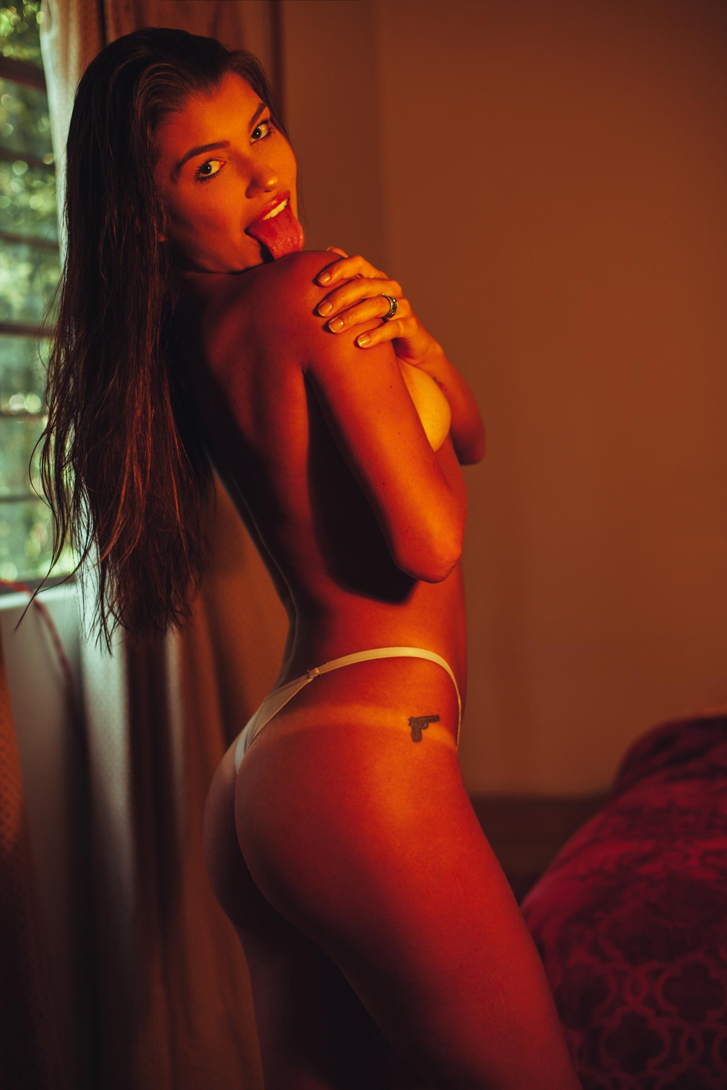 Thayna Hoepers - Omar Coria photoshoot