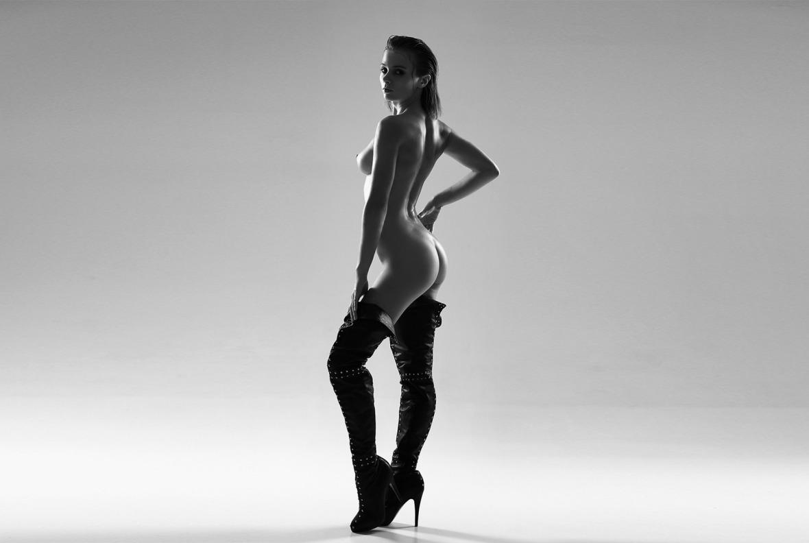 Marta Gromova - Alexander Schlezinger photoshoot