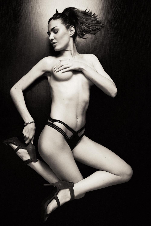 Silvina Stuht - Andre Schneider photoshoot