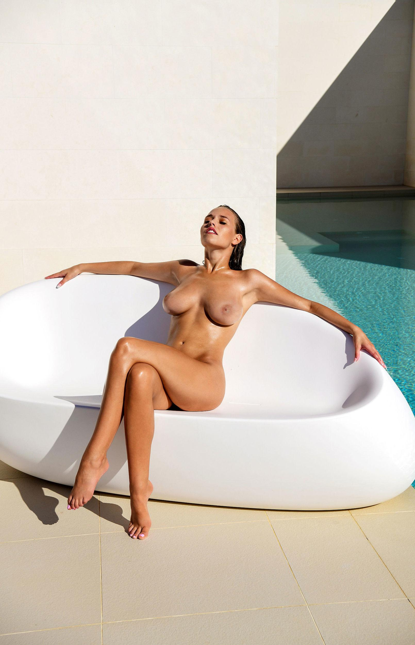 Laura Muller - Thomas Fiedler (Playboy) photoshoot