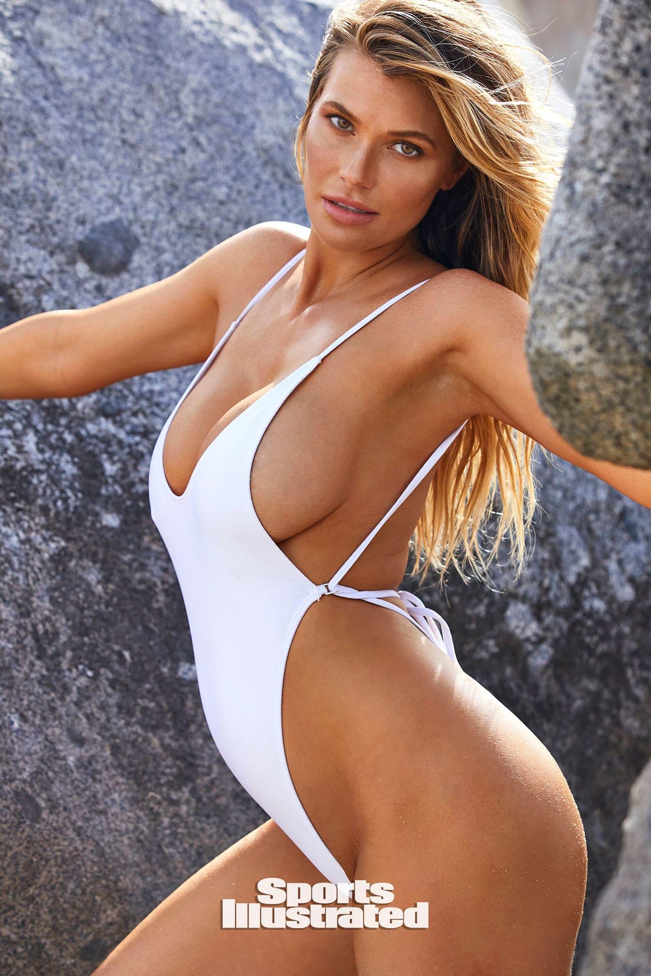Samantha Hoopes - Sports Illustrated Swimsuit (2020)