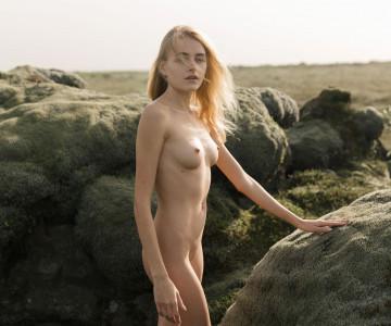 Yana Nahorniak by Jorg Billwitz photoshoot