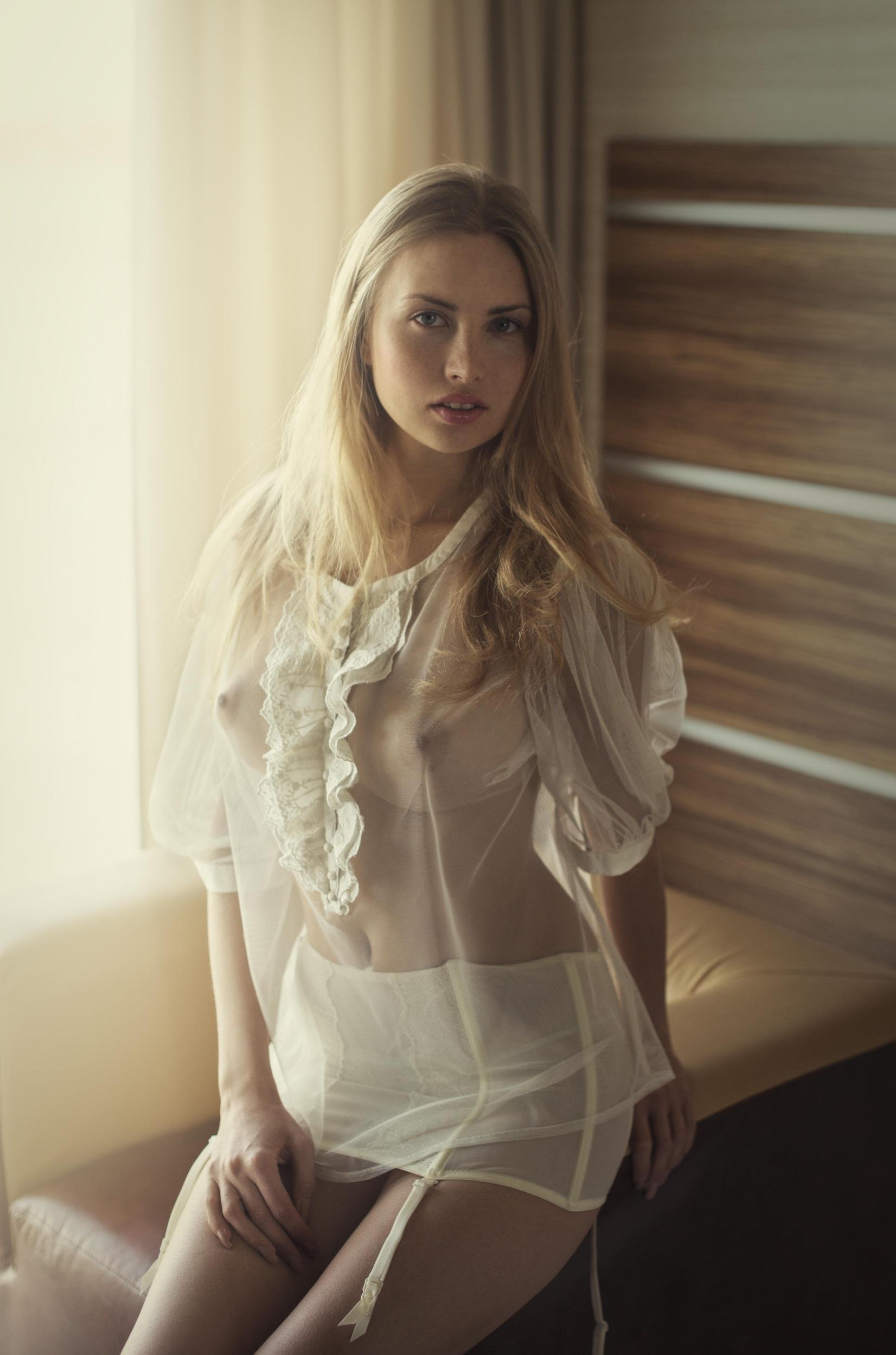 Alena Amoralova - David Dubnitskiy photoshoot
