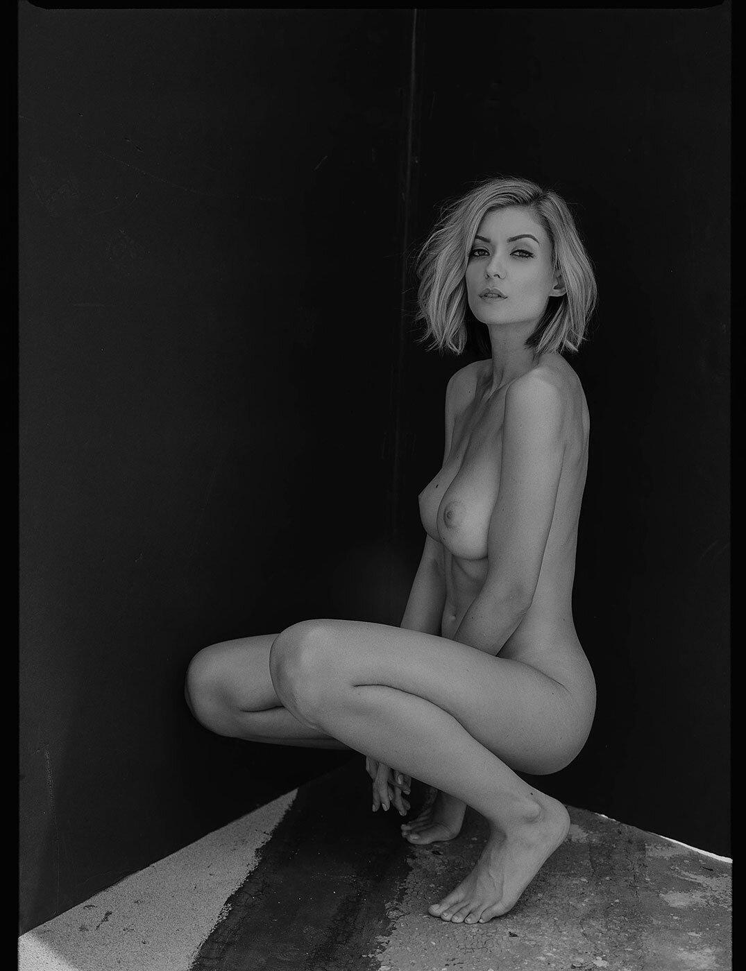 Anna Lisa Wagner - Baldwin Cunningham photoshoot