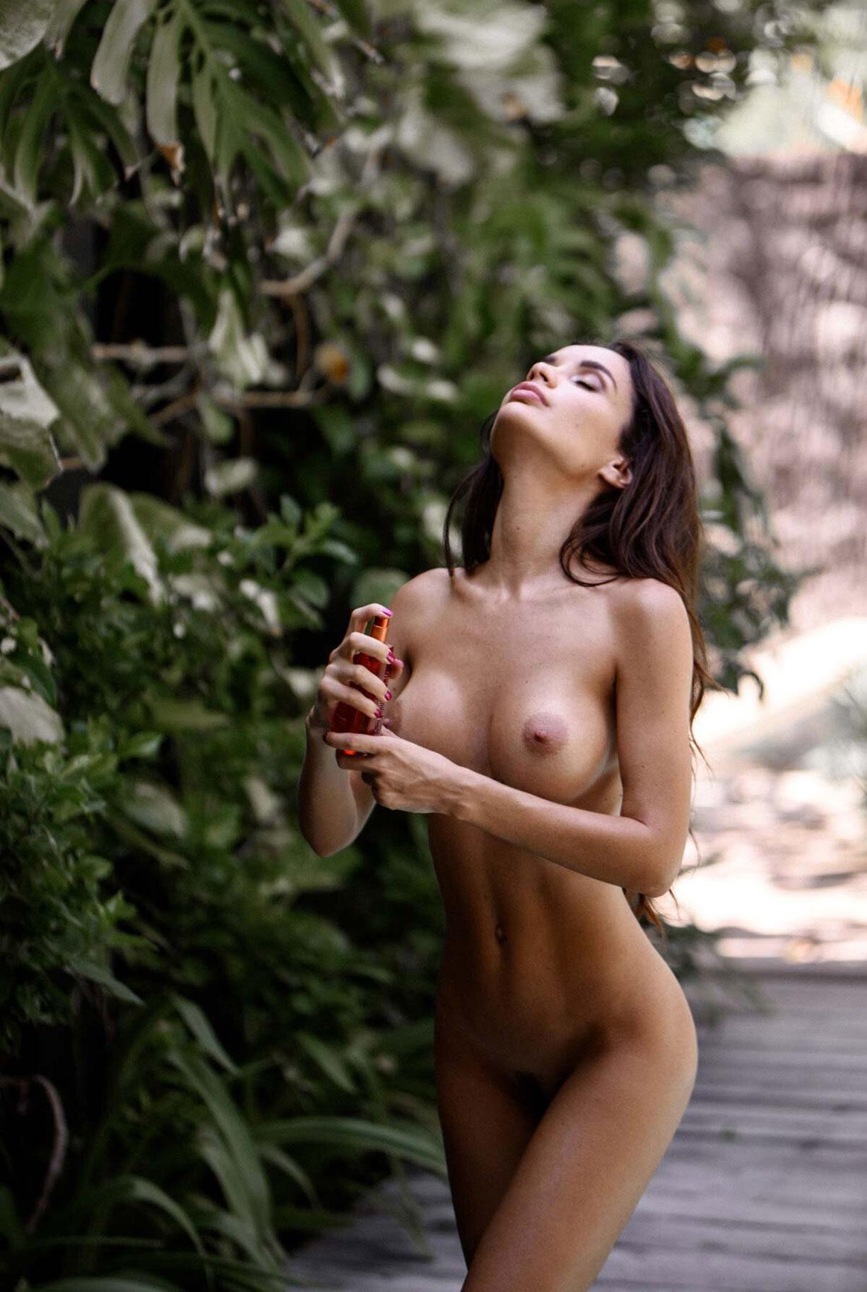 Ekaterina Zueva - Sacha Leyendecker photoshoot