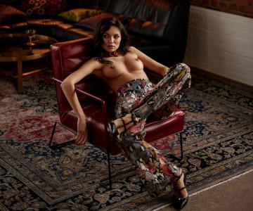 Ana Tomouanu - Sacha Leyendecker photoshoot