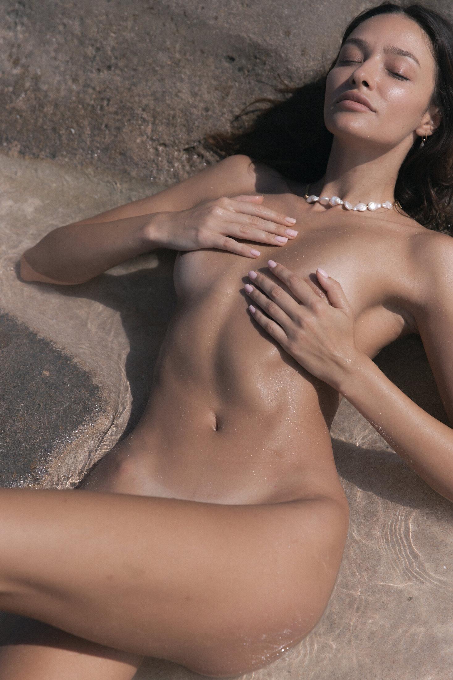 Denisa Ciocoiu - Suzanne photoshoot