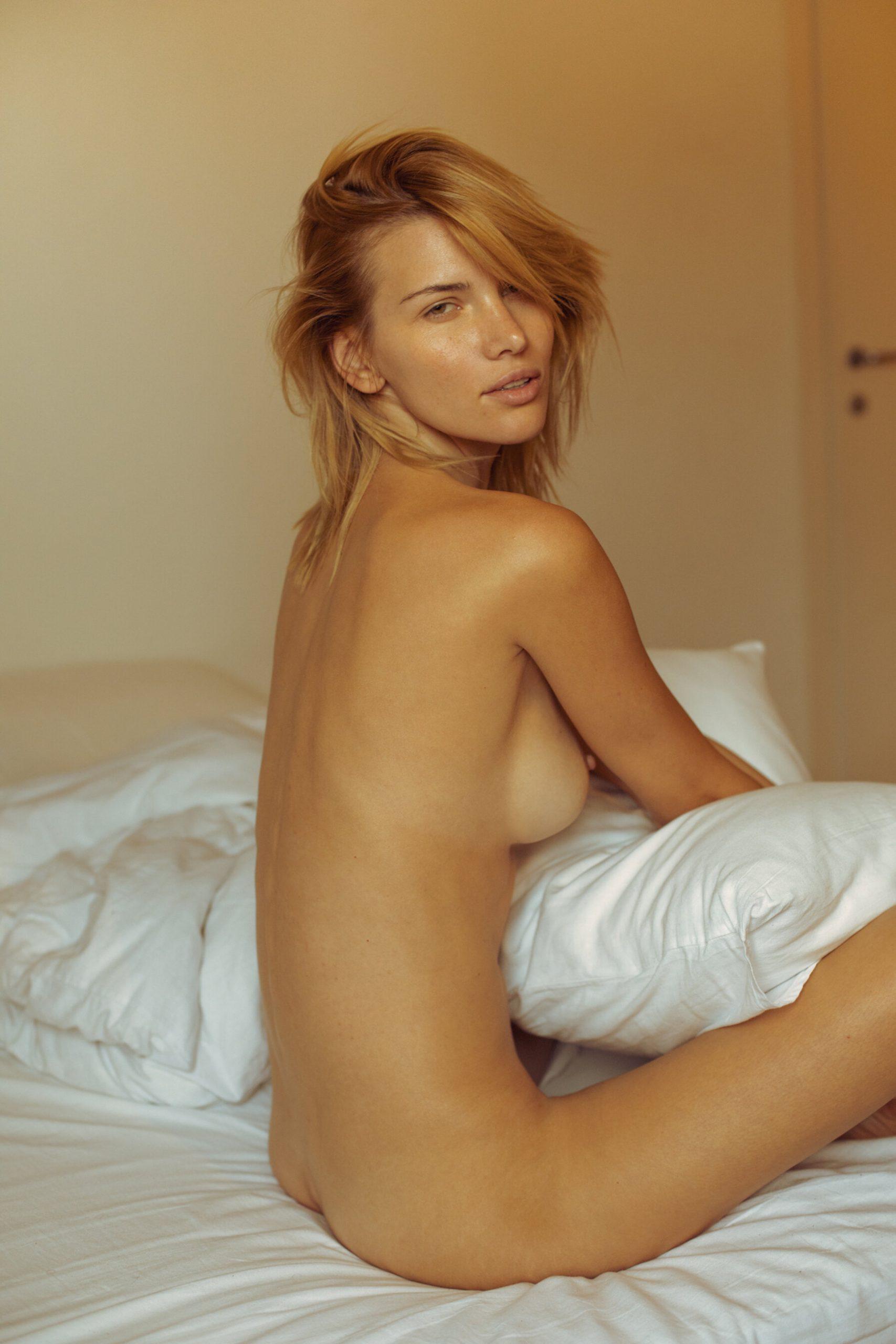Gabriela Iliescu - Omar Coria photoshoot