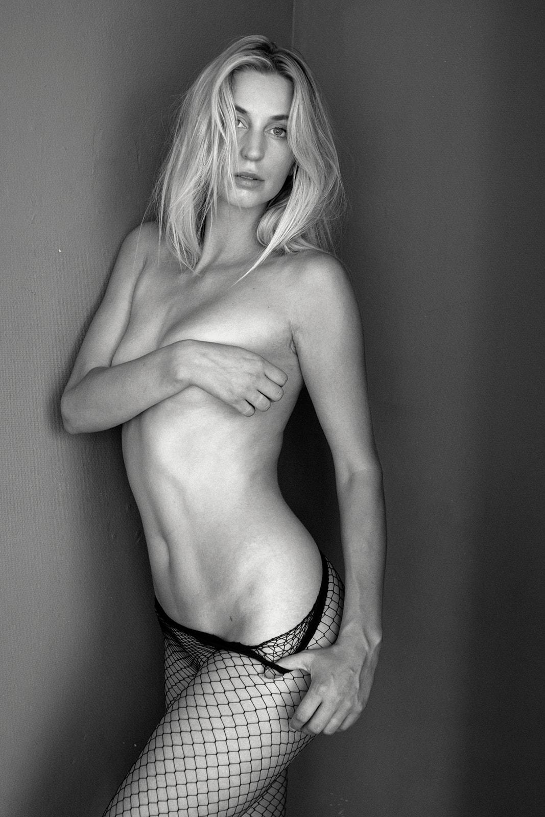 Saskia Koelewijnn - Christin van Duuren photoshoot